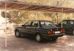 1987 BMW E30 320i