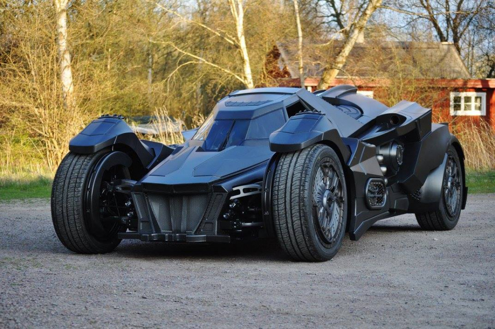 Team-Galag-Batmobile-26.thumb.jpg.e085820e4534bb018c10ae76e3767ae9.jpg