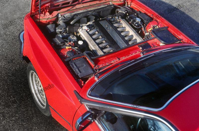 E24 v12 testwagen.jpg