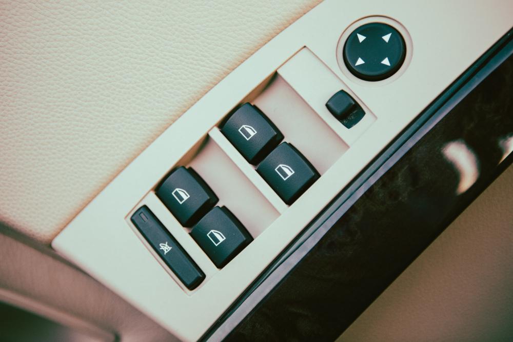 BMW-E60-7090.thumb.jpg.218eb76fa0eb86e60ed255c5edc12905.jpg