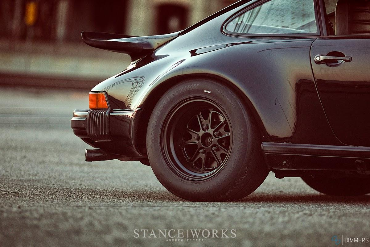 black-magnus-walker-outlaw-wheels-porsche-911.jpg