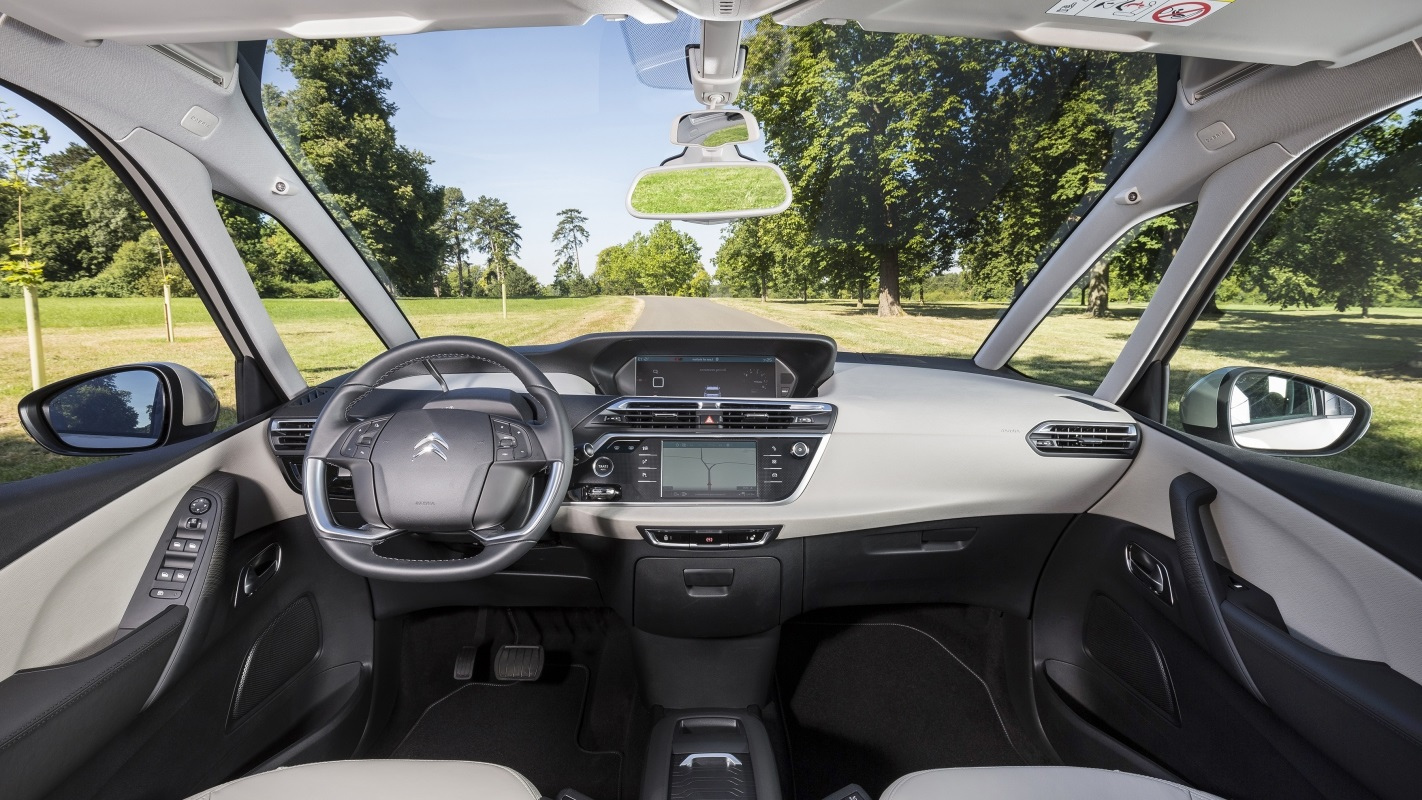 citroen_grand_c4_picasso_interior.jpg